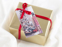 Personalised Christmas Gift Tags to for personalise Christmas decorations