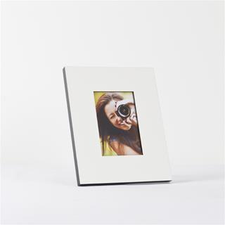 Cornici personalizzate con nome o foto foto gratis inclusa for Cornici bianche