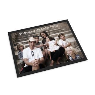 Personalisierte Fußmatte für die Familie gestalten