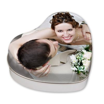 personalised heart shaped tins