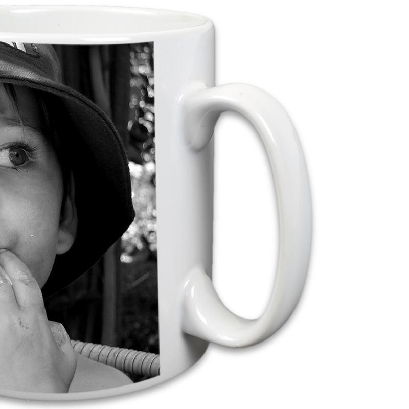 Mug photo personnalisable noir et blanc détail