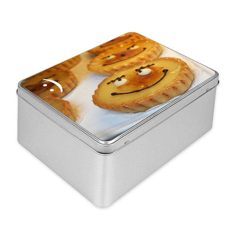 how to pack cookies in a cookie tin