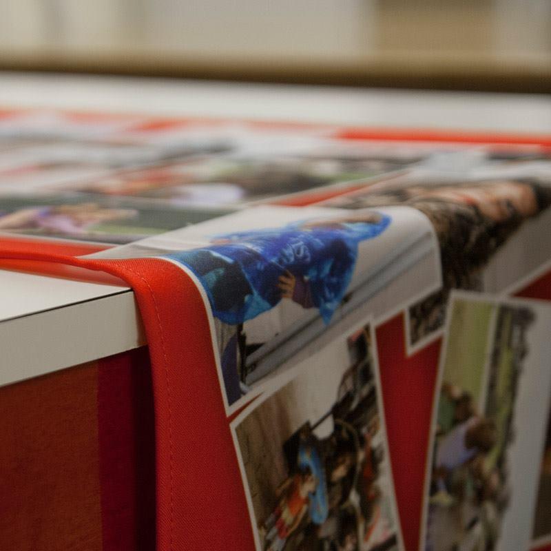 Chemin de table personnalis chemin de table photo - Set de table personnalise plastifie ...