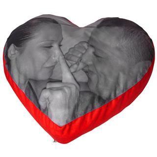 pouf cuscino cuore personalizzato con foto innamorati bianco e nero
