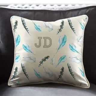 Cuscini in seta personalizzati con iniziali e grafiche