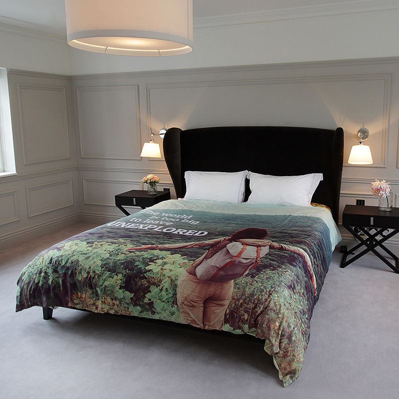 Duvet Covers If you're looking for luxury duvet covers that exude style and sophistication, have a browse through our collections where you will find a wonderful range of classic, contemporary and hotel-inspired bedlinen.