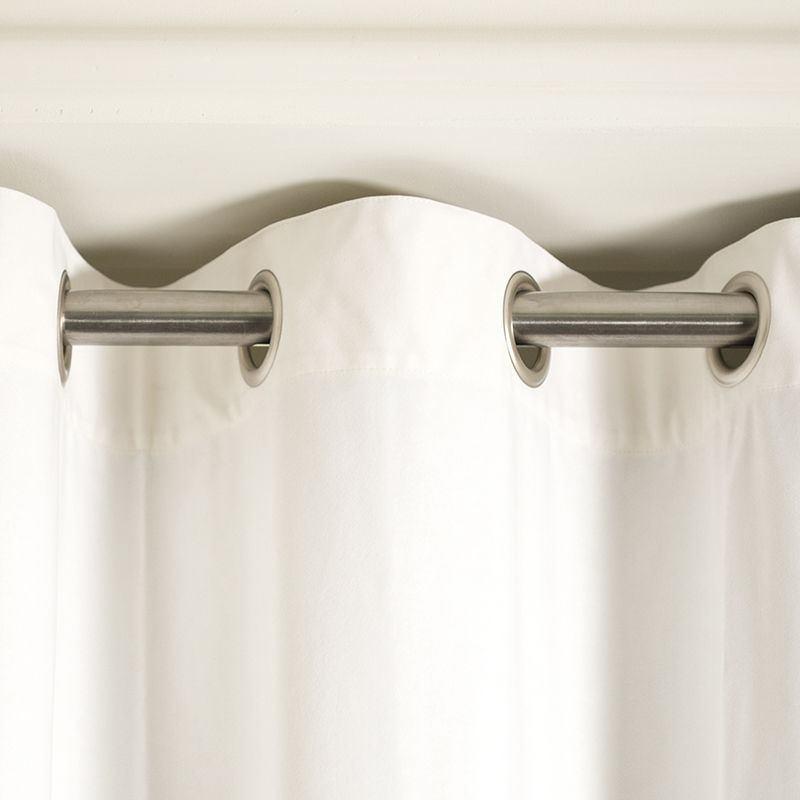 bedroom curtains UK hanging details