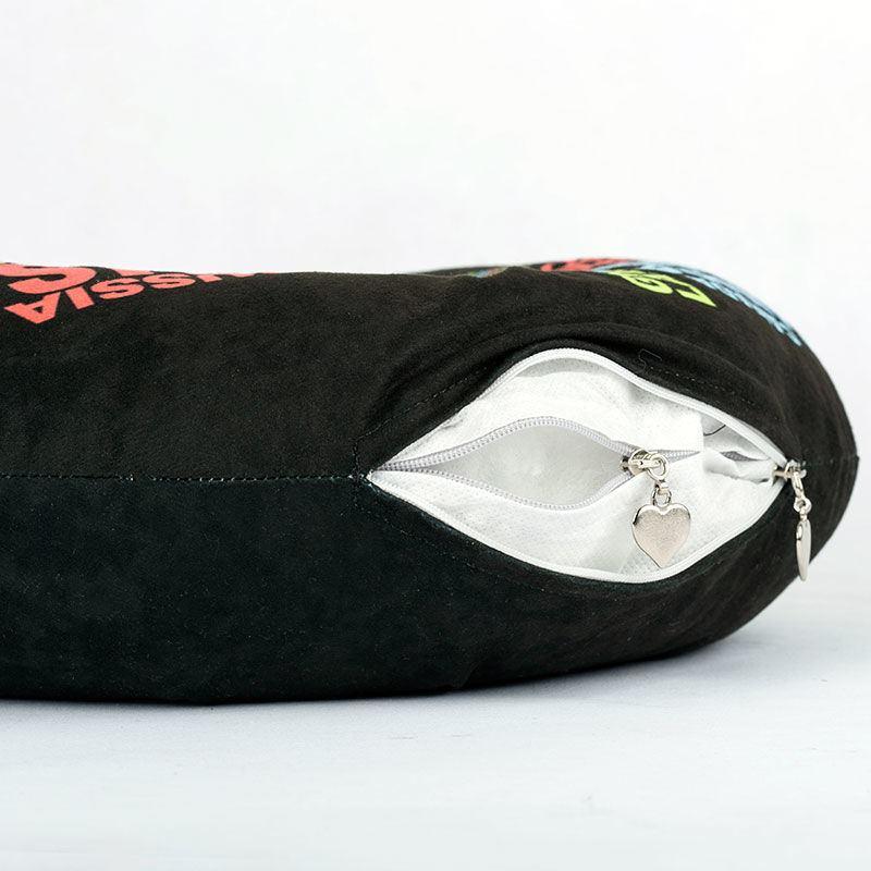 coussin de voyage personnalis un coussin tour de cou. Black Bedroom Furniture Sets. Home Design Ideas