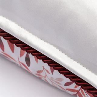 seem of silk cushion back