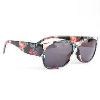 montatura personalizzata occhiali da sole