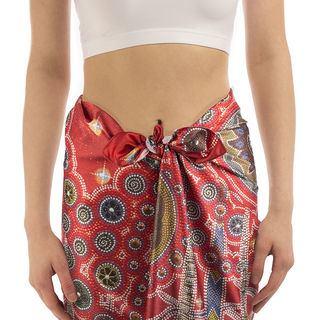 beach sarong knot detail