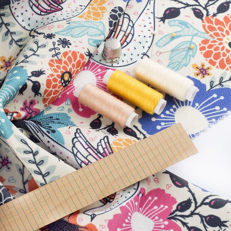 impression sur gaia tissu cologique 100 recycl. Black Bedroom Furniture Sets. Home Design Ideas