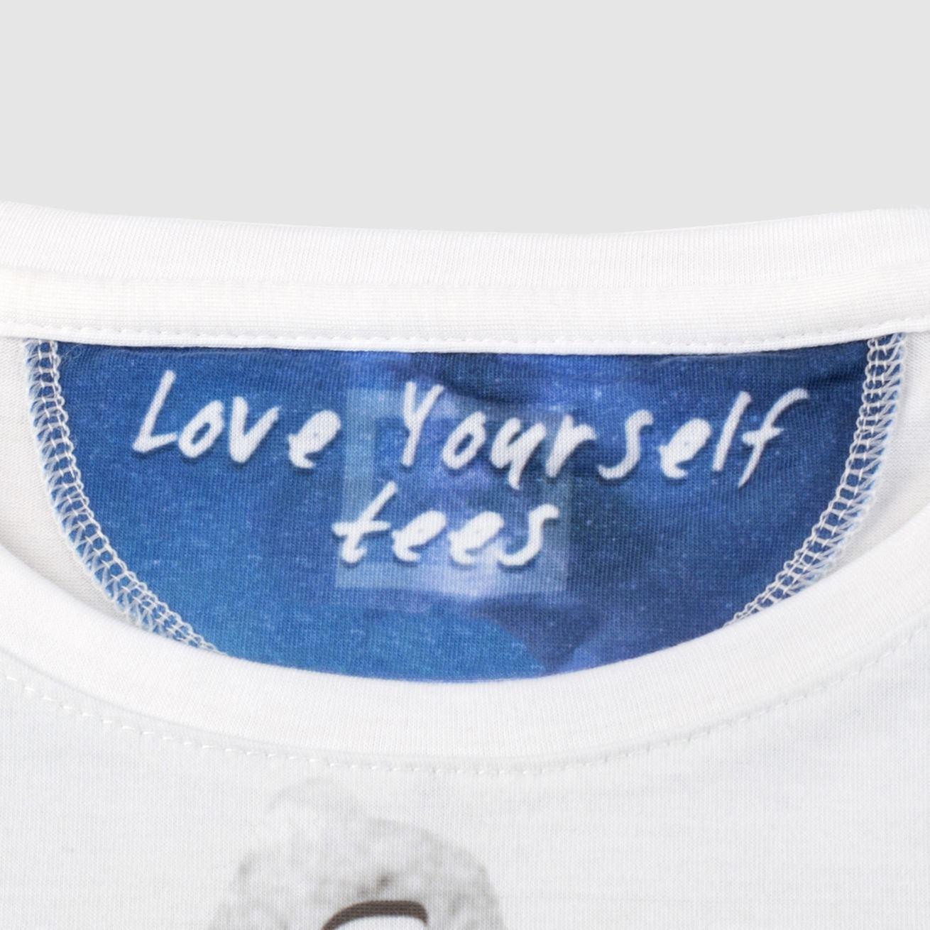 T-Shirt mit eigenem Motiv gestalten - T Shirt selbst designen.
