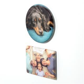 Round and rectangular magnet design photo print