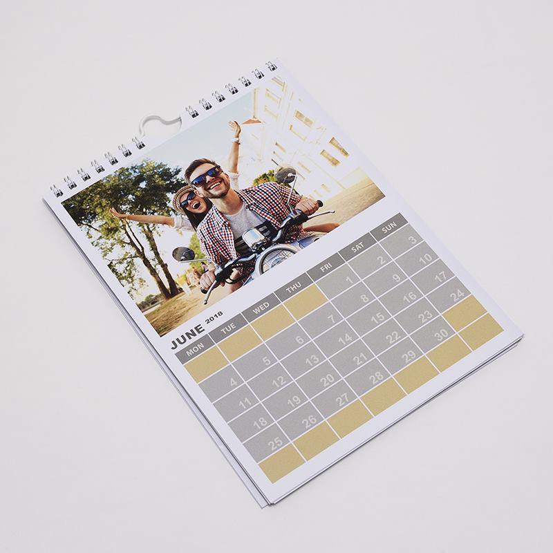 fotokalender mit eigenen fotos bedrucken jahreskalender 2019. Black Bedroom Furniture Sets. Home Design Ideas