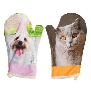 pair of personalised oven gloves
