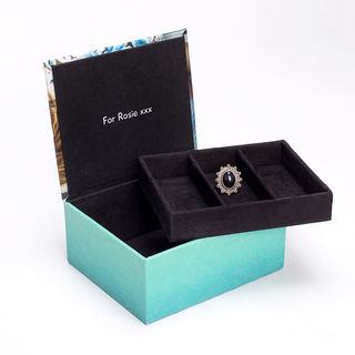 Jewellery box with interior message