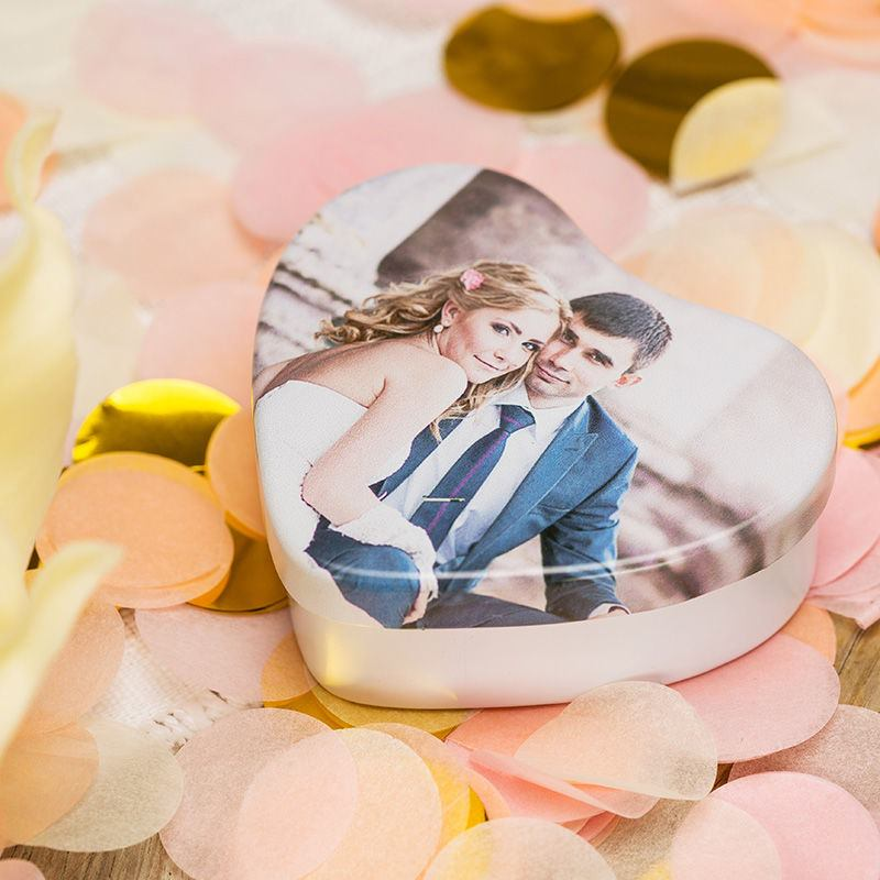 heart shaped tin wedding