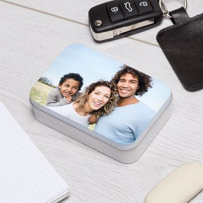 Boîte en métal imprimée