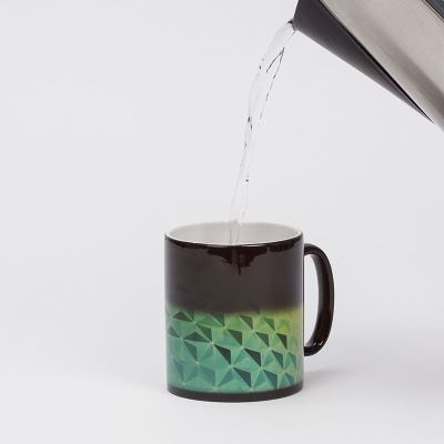 taza cambia de color