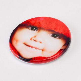 Circular fridge magnet photo print