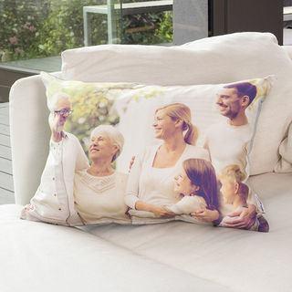 Photo de famille sur coussin