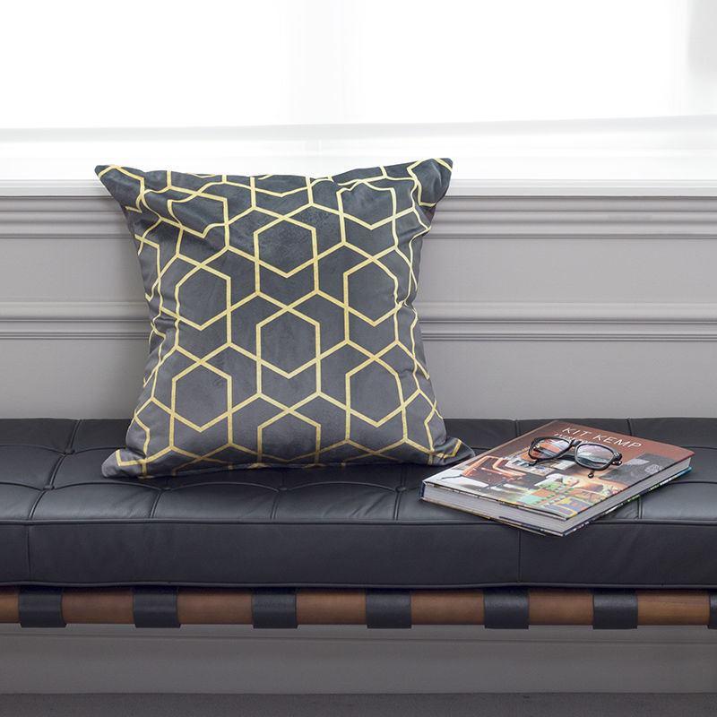 luxus kissen selbst gestalten hochwertige qualit t. Black Bedroom Furniture Sets. Home Design Ideas