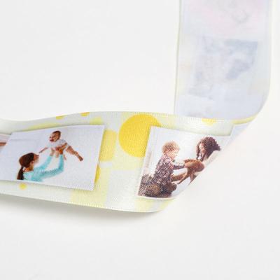 geschenkband aus satin mit fotos bedrucken lassen zur taufe