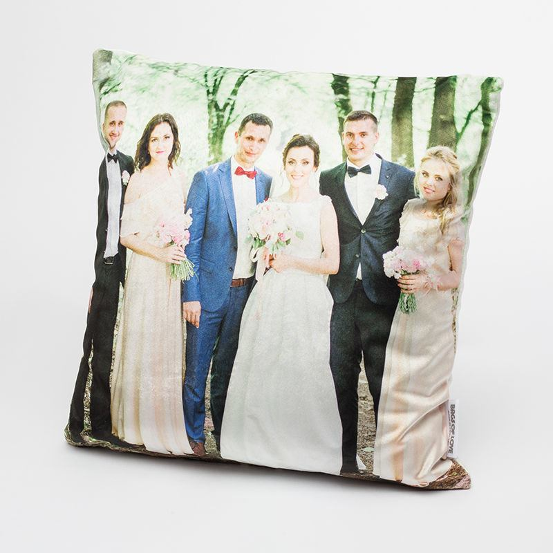 Wedding group velvet cushion