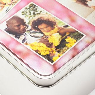 printed photo tin detail corner
