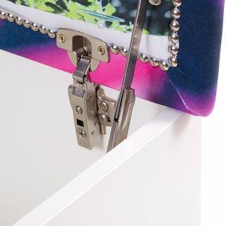 hinge details of your luxury wooden blanket box