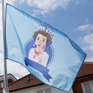 Drapeau personnalisé avec illustration de la reine