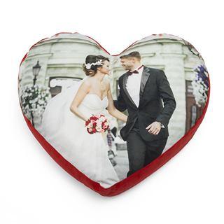 Wedding photo heart pillow design