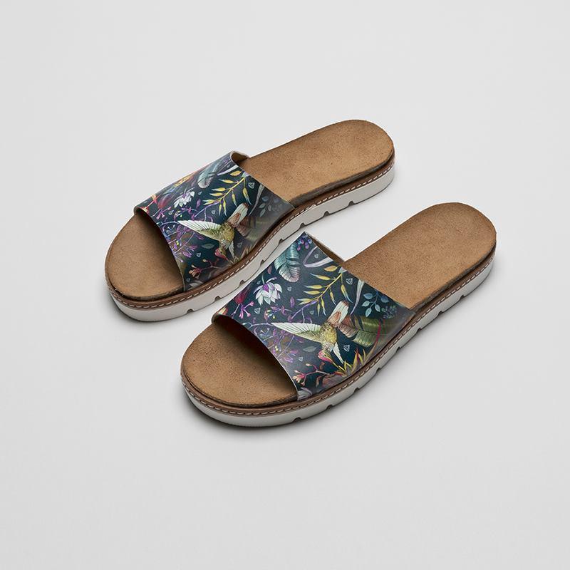 Custom Slides UK. Design Your Own