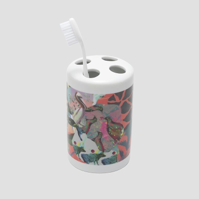 make your own toothbrush holder