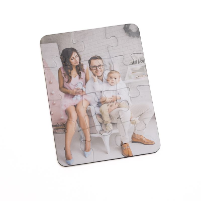 Plastic personalized puzzles