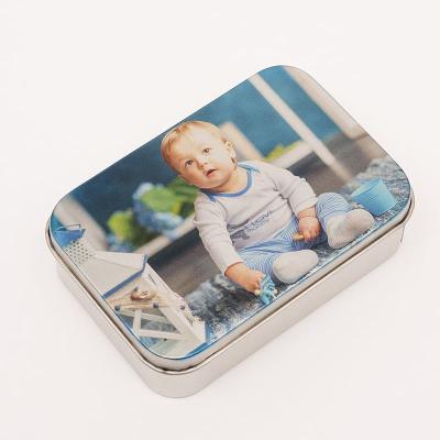 dose mit babyfoto bedrucken lassen als personalisiertes geschenk