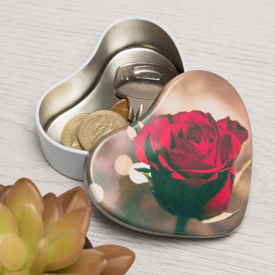 decorative heart tin