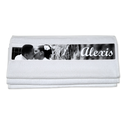 toallas con nombre regalo de bodas