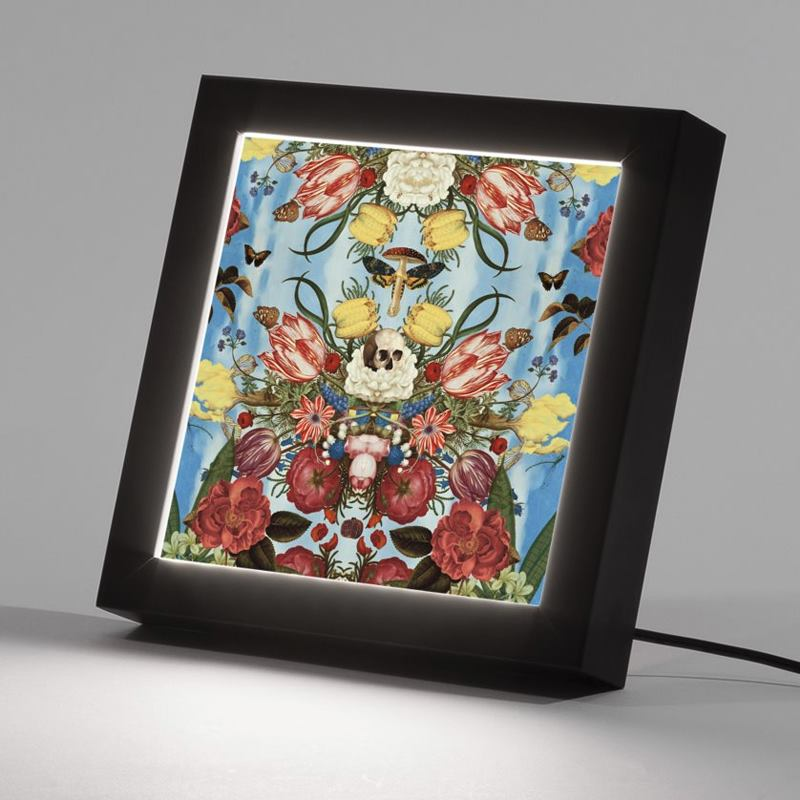 light up box frame